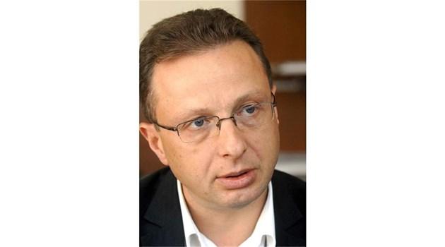 Бъдещето на България не е пред чуждите посолства