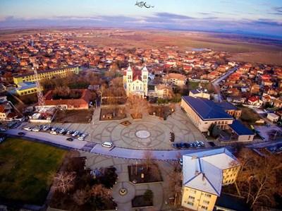 Центърът на Раковски е реновиран, а други 9 улици ще бъдат ремонтирани за визитата на папата.