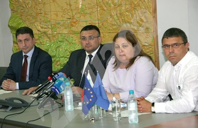 Главният секретар на МВР Младен Маринов дойде в Пловдив да съобщи за заловения молдовец. СНИМКА: Евгени Цветков СНИМКА: 24 часа