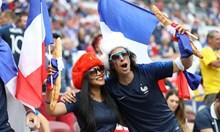 Спорна дузпа даде преднина на французите
