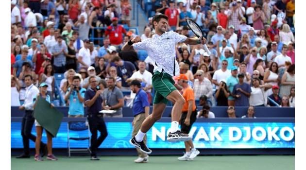 """Новак Джокович победи Роджър Федерер и наследи Григор Димитров на трона в Синсинати. Сърбинът направи """"Златен Мастърс"""" с титли и от 9-те турнира"""