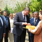 Сръбският президент Вучич и Борисов бяха посрещнати от болярки с хляб и сол СНИМКА: Дима Максимова