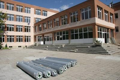 Ремонтите в някои пловдивски училища ще продължат и след първия звънец СНИМКА: Евгени Цветков