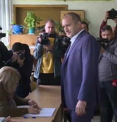 Румен Радев Кадър: Би Ти Ви