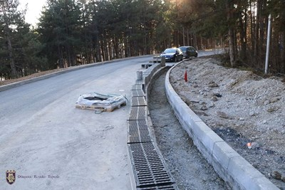 Положиха асфалт на първата от 5 нови улици във великотърновски квартал