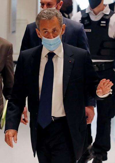 Никола Саркози ще обжалва суровата присъда срещу него. СНИМКА: РОЙТЕРС