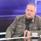 Стефан Тамбуев, издател: Вестникът е арбитър на новини, да му дадем глътка въздух