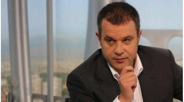 Решението за двуезична Македония е много сериозен въпрос