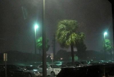 Щети от урагана Матю Снимка: Ройтерс