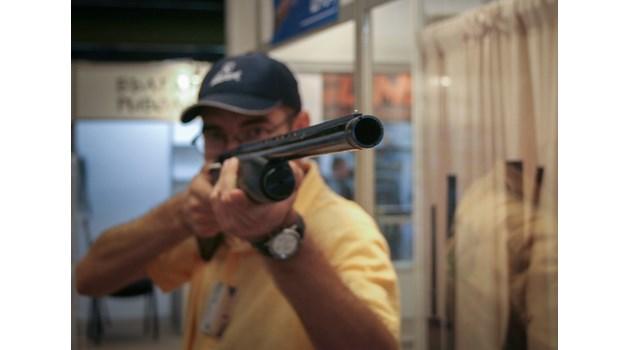 България е на 88-о място с 480 хил. регистрирани оръжия