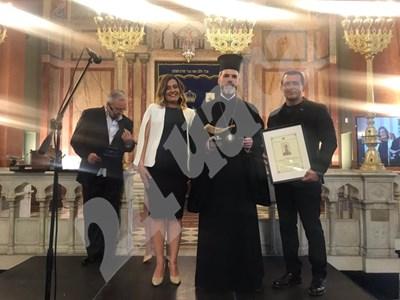 """Митрополит Антоний получи награда """"Шофар"""" от организацията на евреите """"Шалом""""."""