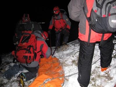 29 спасители  от 6 града  участваха в  издирването  на пострадалите.