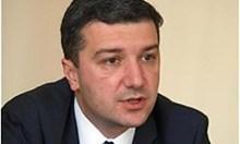 Червени: Нинова излъга от трибуната, че БСП ще гласува против Цацаров