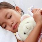 Защо детето трябва да бъде научено да спи отделно възможно най-рано