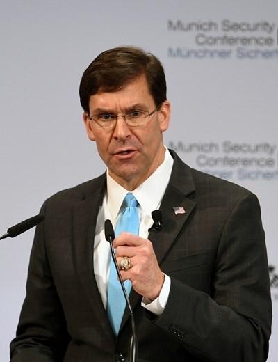 Американският министър на отбраната Марк Еспър СНИМКА: Ройтерс