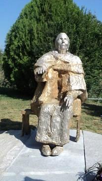 Паметникът на Ванга в Рупите.  Сн. Антоанета Маскръчка, 24 часа