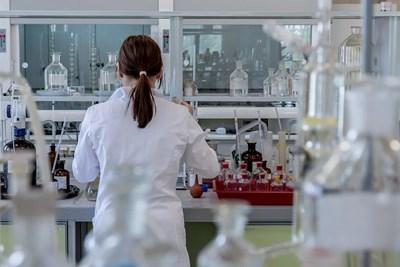 Китай дари на Сърбия две лаборатории за тестване на коронавирус СНИМКА: Pixabay