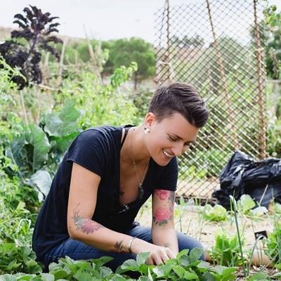 Бетина Камполучи Борди смята, че хората трябва да ядат сезонни растения, които са отгледани близо до тях.