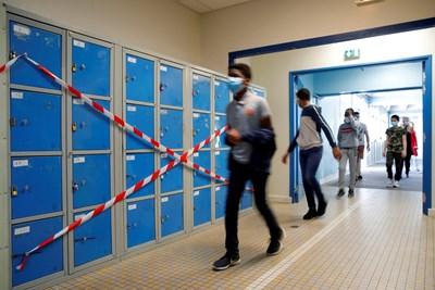Кадър от училище във Франция Снимка: Ройтерс