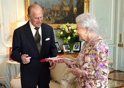 Кралица Елизабет II и съпругът й принц Филип Снимка: Ройтерс