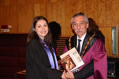 Ректорът проф.Христо Бонджолов връчи дипломите на отличници