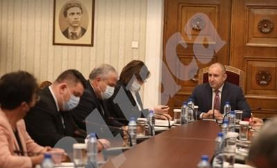 БСП на консултациите при президента Румен Радев за парламентарните избори СНИМКИ: Николай Литов