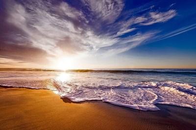 """Резултат с изображение за """"Половината от плажовете по света може да изчезнат до 2100-ата година"""""""