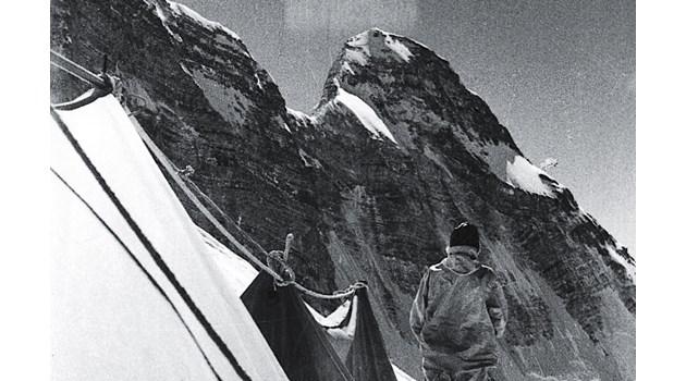 Плутоний и шпионско оборудване изчезват безследно в Хималаите