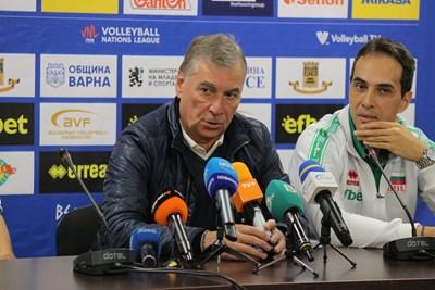 Силвано Пранди пристигна в София и веднага започна работа за втория си период начело на България. СНИМКИ: РУМЯНА ТОНЕВА