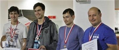Антон, Иво и Даниел на състезанието ICPC в Букурещ през 2018 г. Снимка: СУ