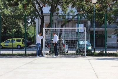 Възстановената спортна площадка
