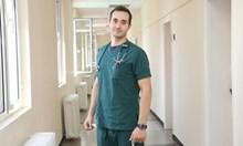 Лекарят, който спаси човек на улицата: Бях пред дилема - да спазвам закона или морала