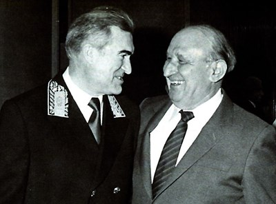 Тодор Живков с новоназначения посланик на СССР Виктор Шарапов