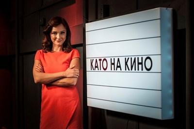 Кара се снима в студиото на предаването си. СНИМКИ: ЛИЧЕН АРХИВ