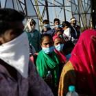 Индиец под карантина избяга гол на улицата и впи зъби в заспала баба СНИМКА: Ройтерс
