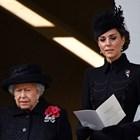 Елизабет II и Кейт Мидълтън Снимки: Ройтерс