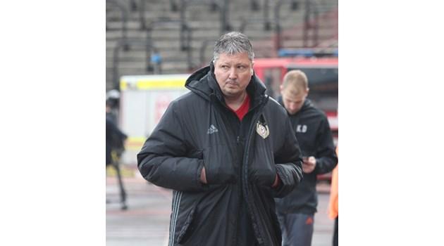 Ел Голеадор пребори болестта, съперниците и отново поема ЦСКА