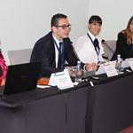 Изпълнителният директор на Българската агенция за инвестиции Стамен Янев представя двата проекта с еврофинансиране, с които ще се подобри работата за привличане на инвеститори.