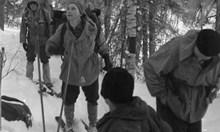 Войната между Хрушчов и маршал води до злокобния спектакъл с групата на Дятлов