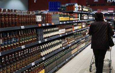 Спад в износа от България се наблюдава единствено при алкохолните и безалкохолните напитки и тютюна.