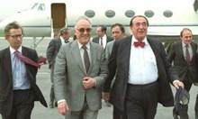 Робърт Максуел: Ако бяха убили Хрушчов, а не Кенеди, Онасис нямаше да се ожени за Хрушчова
