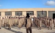 Изповед на ливанско момче за лагерите на ИДИЛ: Дадоха ми хапче и заклах пленен военен. После ме изнасилиха