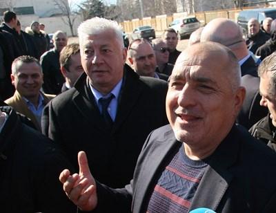При обиколката му в Пловдив премиерът Бойко Борисов бе придружаван от кмета Здравко Димитров СНИМКА: Евгени Цветков