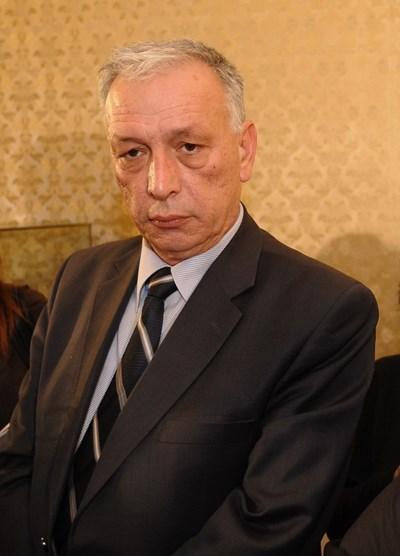 Депутатът от ГЕРБ Димитър Лазаров е сред вносителите на проекта за промени. СНИМКИ: 24 ЧАСА