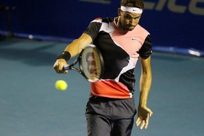 Григор Димитров ще чака нов шанс за втора победа срещу Рафаел Надал. Снимки: Ройтерс