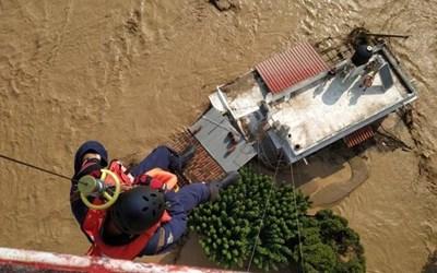"""Наводненията в гръцкия остров Евбея взеха най-малко три жертви. Снимка: """"Катимерини"""""""