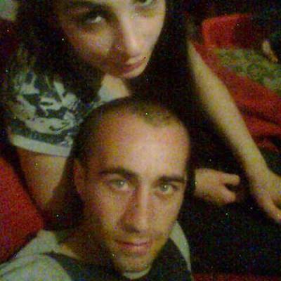 Насилникът  и жертвата имат 3-годишен син. Снимка:фейсбук
