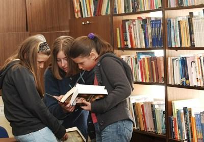 41% от хората са активно четящи и успяват да прочетат повече от една книга на месец, показва проучване. СНИМКА: Йордан Симeонов
