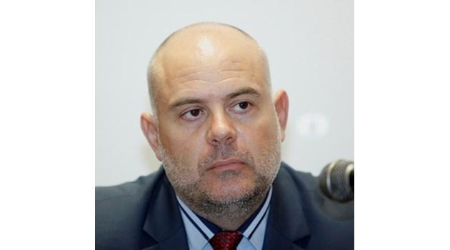 Вижте концепцията на Иван Гешев за управление на прокуратурата