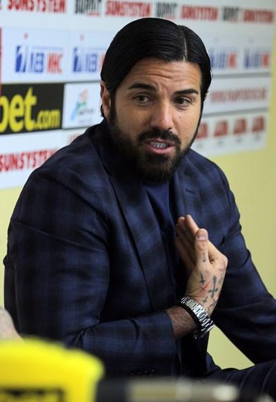 Благой Георгиев разкрива плановете си за BG7 Football Academy.  СНИМКА: РУМЯНА ТОНЕВА
